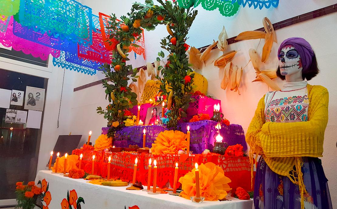 catrina y altar 2015